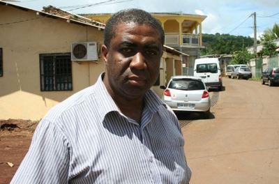 Hamidouni Said, président de l'ASCOMA, association des consommateurs de Mayotte (c) Emmanuel Tusevo Diasamvu