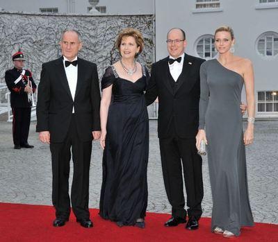 S.A.S. le prince et de Mlle Charlène Wittstock avec la Présidente de la République Irlandaise, Mary McAleese et son mari, le Dr. McAleese (c) Eric Mathon / Palais princier
