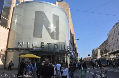 NICETOILE  A FAIT SON SHOW'COLAT 2011