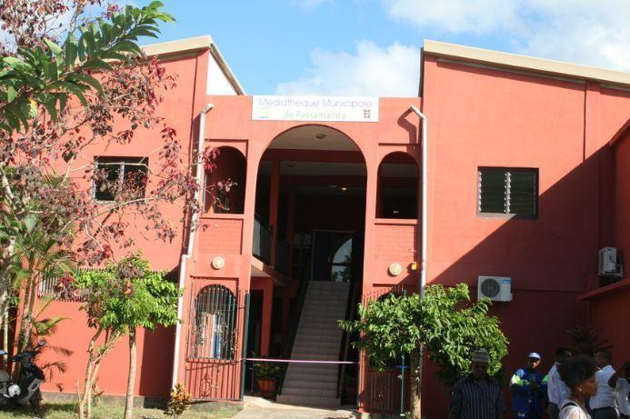 La médiathèque de Passamainty (c) E. Tusevo Diasamvu