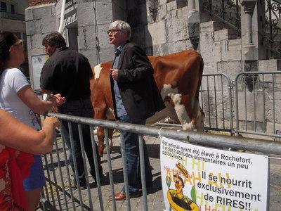 Joan De Moor et..animal nourrit aux Rires de Rochefort Photo (c) Jean-Louis Courleux