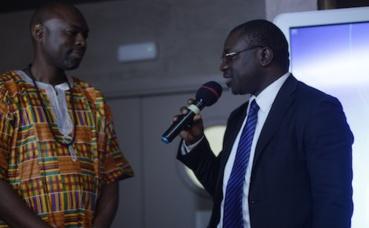 M. Franck Yoboué, Fondateur d'Africart et le Professeur Goran, ministère ivoirien de la culture et de la Francophonie. Soirée de lancement. Photo (c) Marc Aloice Kouassi