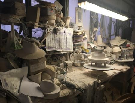 """Atelier Boon&Lane: """"Petiot, je venais passer des heures à regarder mon père travailler. C'est comme ça que j'ai appris"""". Luton, Royaume-Uni. Photo (c) Marie Colombier"""