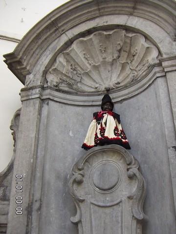 Le Manneken-Pis à la mode hongroise, (c) Colette Dehalle