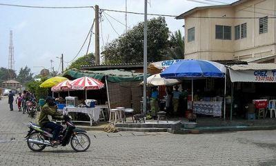 Rue de Cotonou. Photo (c) Olivier Roux