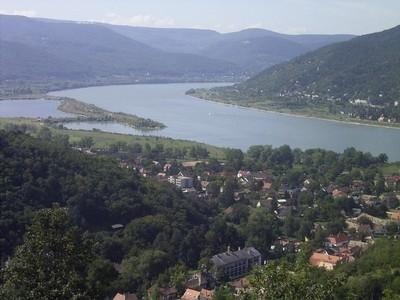Courbe du Danube à Visegrád (c) Denis Oliver