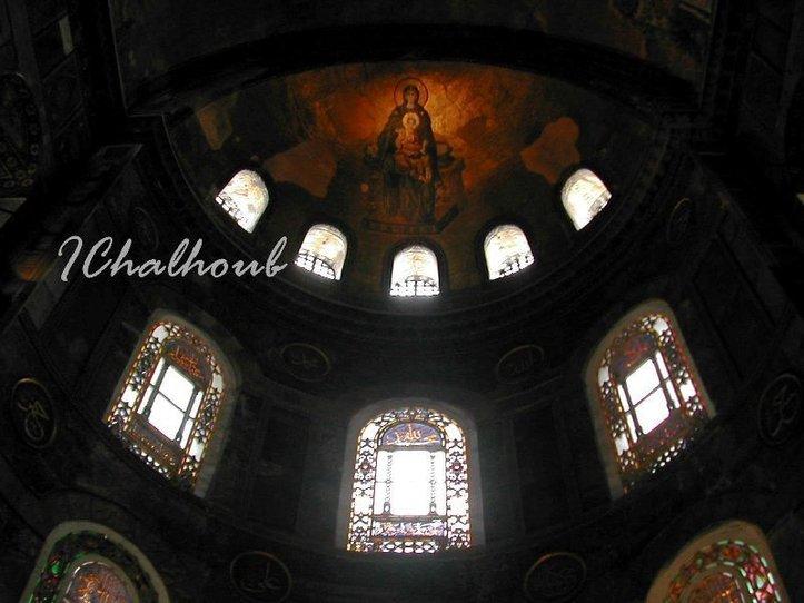 Deux cultures… deux religions ! Photo (C) Ibrahim Chalhoub