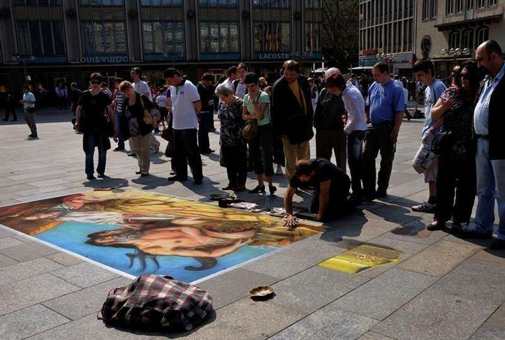 Peinture… sans pinceau ! Photo (C) Ibrahim Chalhoub