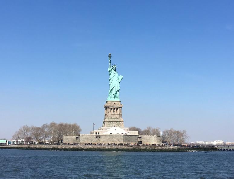 Statue de la Liberté vue du ferry. Photo (c) Anne-Sophie Leroy