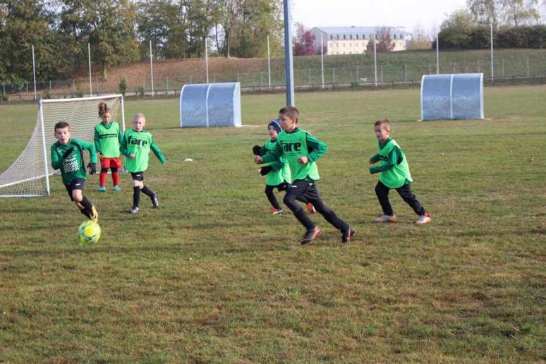 Les jeunes licenciés de l'ASPTT lors d'un entraînement (c) ASPTT foot Châlons