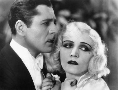 Pola Negri avec Paul Lukas dans Three Sinners, film de Rowland V. Lee en 1928. Collection de Mariusz Kotowski.