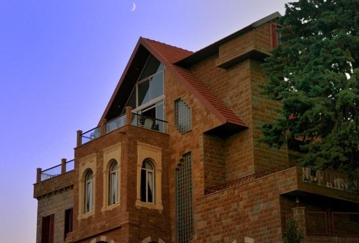 Nouveauté : en connexion avec la lune ! Photo (C) Ibrahim Chalhoub