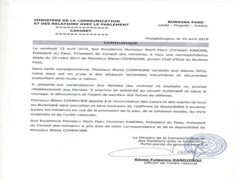Le communiqué du Porte-parole du Gouvernement. (c) M. de la Communication