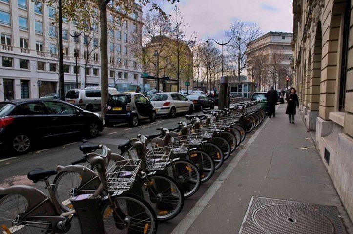 À la place de trois voitures ! Photo (C) Ibrahim Chalhoub