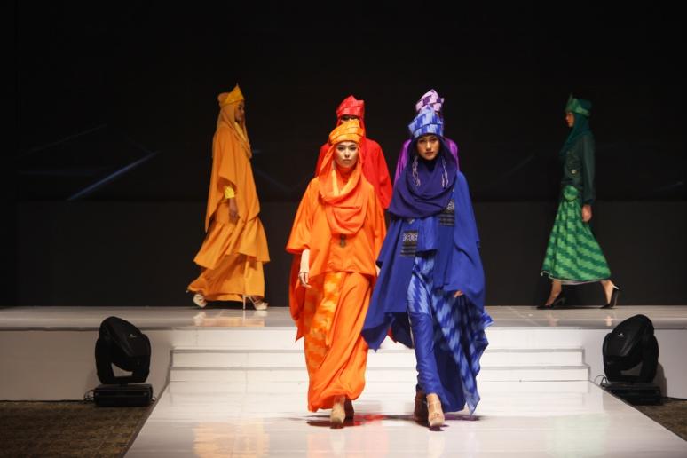 Face à l'urgence climatique, la mode va devoir adopter une approche éco-responsable. Crédit photo: Raden Prasetya @Unsplash.