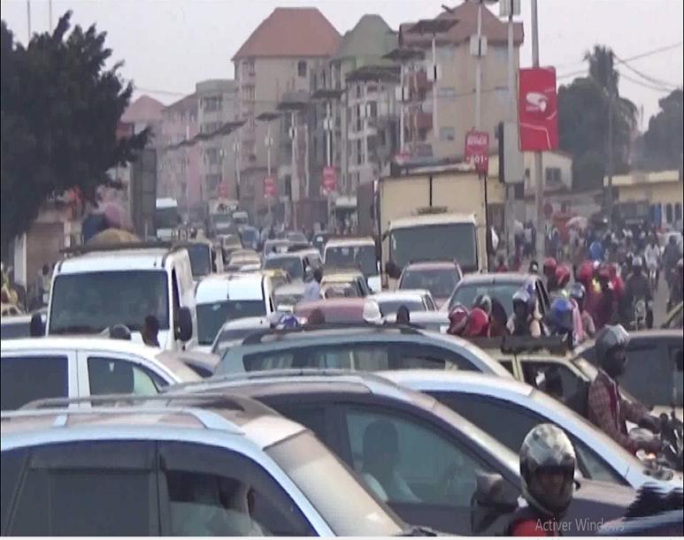 Embouteillage à Conakry. (c) Boubacar Barry