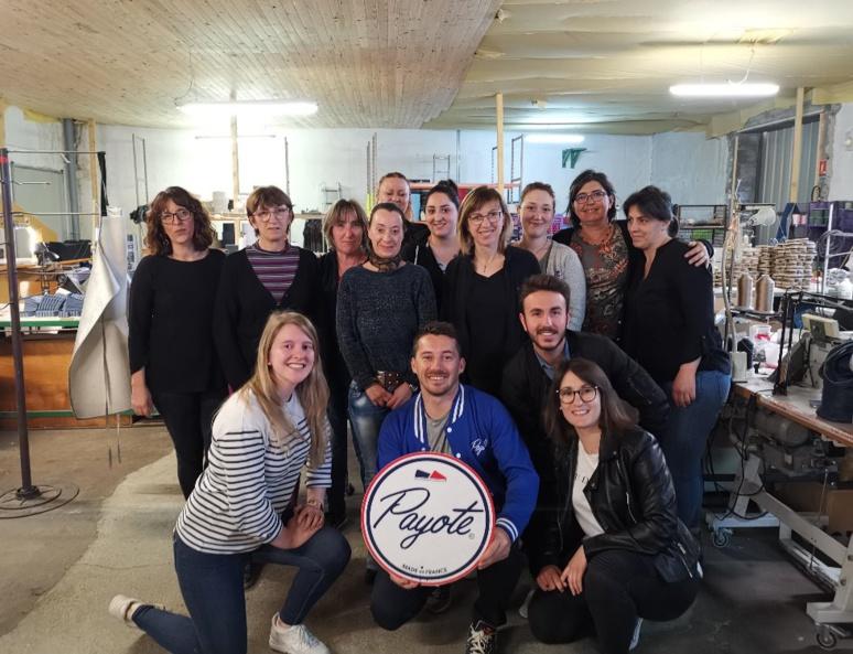 Toute l'équipe de Payote réunit à l'atelier avec Olivier Gelly (c) Payote