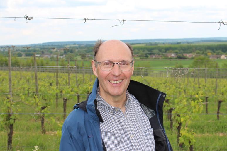 Gérard Samson, viticulteur à Grisy, dans le Calvados. © J. P.