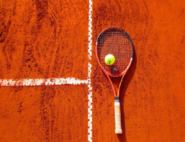 Roland-Garros est le seul des 4 Grands Chelems se disputant sur terre battue(c) site pxhere.
