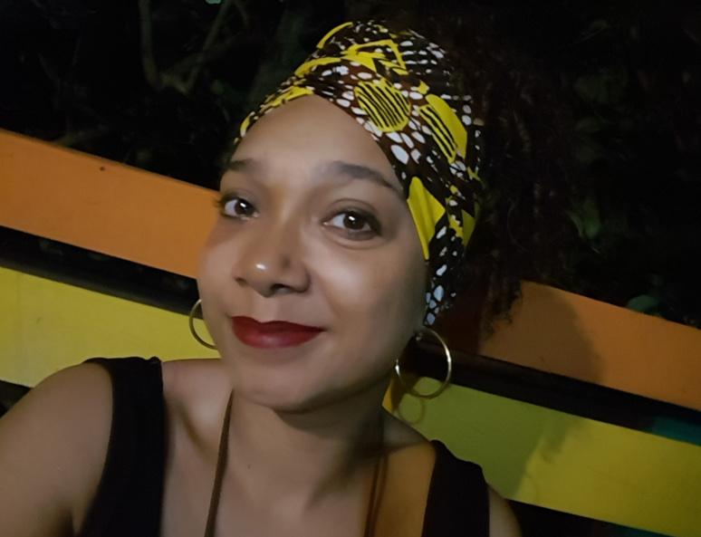 Néo-journaliste, mélomane et diggeuse : Charlène Jamet a plus d'une corde à son arc. Photo (c) Charlène Jamet