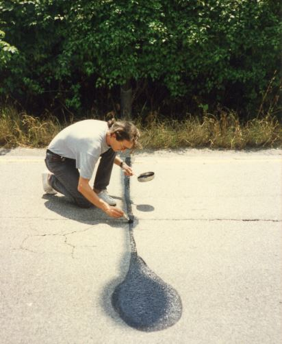 Bert Theis - Shadow Fixing III, 1993 - Collection Mariette Schiltz - Photo © Mariette Schiltz. Présenté au Mudam Luxembourg, 30/03-25/08/2019