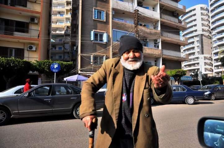 Vous allez lui donner ou pas? Photo (C) Ibrahim Chalhoub
