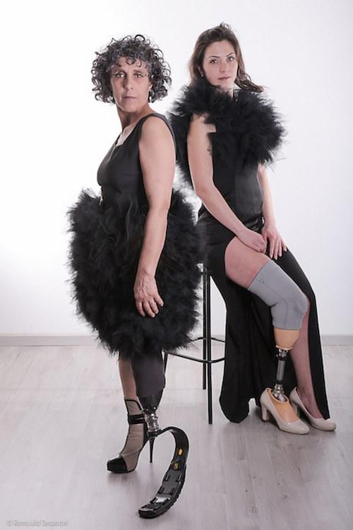 Deux des mannequins d'un jour qui défileront lors de la Fashion week de Paris le 26 septembre 2019 (c) Romuald Desandré