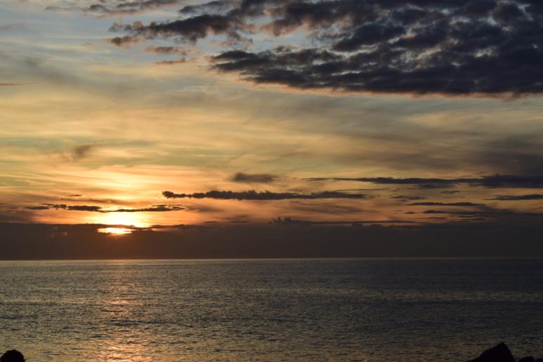 Couché de soleil au bord de l'océan Atlantique © Fanny Jacob