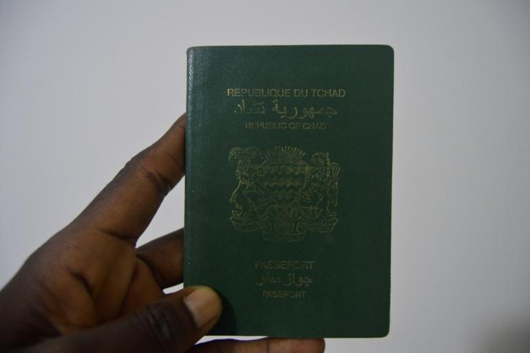 La production de passeports de nouveau suspendue au Tchad