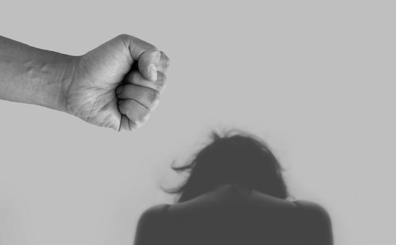 Au grand désespoir de certaines structures associatives, le Grenelle ne semble pas tendre vers une prise en charge des auteurs de violences (c) Pixabay