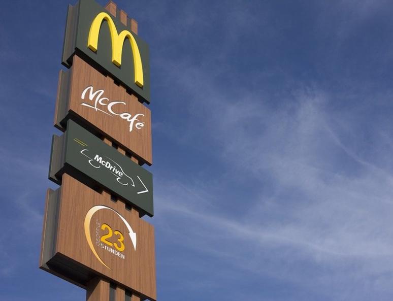McDo distribuait 600 millions de pailles par an (C) andreas160578
