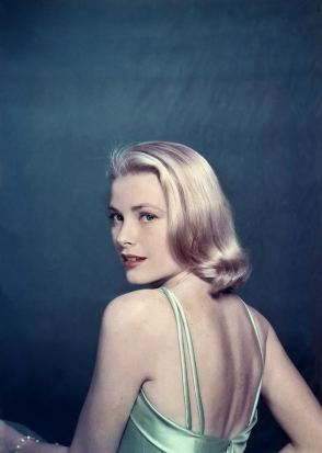 Grace Kelly en 1954. Photo (c) Philippe Halsman / Magnum Photos / Snapper Media
