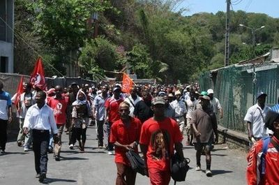 Manifestation contre la vie chère. Photo (c) E. Tusevo-Diasamvu