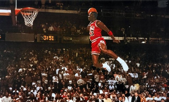Michael Jordan joueur des Chicago Bulls prêt à marquer © Flickr