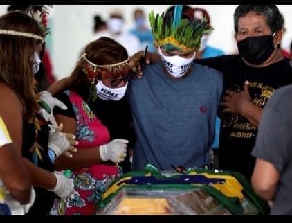 Obscèques du capitaine Messiah Kokama à Manaus. Photo © Steven Jakaoemo