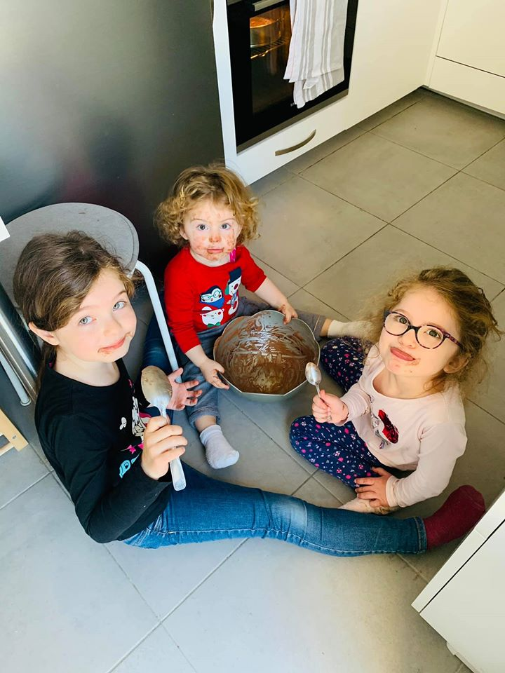 Les enfants sont heureux sans conditions (c) DR