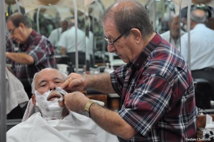 Le rasage. Photo (C) Ibrahim Chalhoub