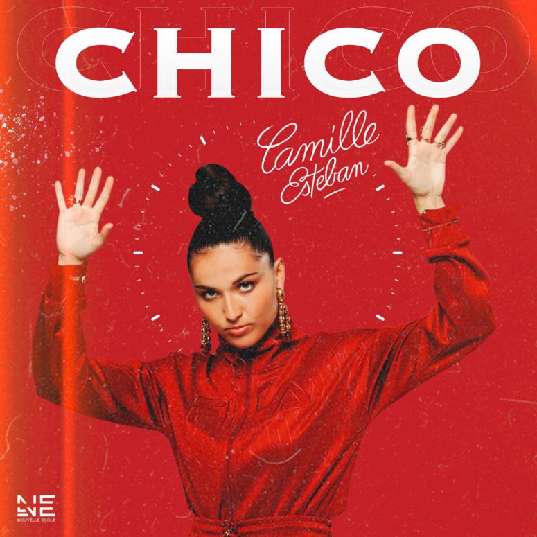 Camille Esteban, star de The Voice, sort le clip de Chico