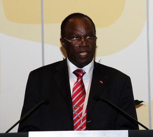 Pierre Hélé, Ministre de l'environnement, de la protection de la nature et du développement durable. Photo (c) ETJ