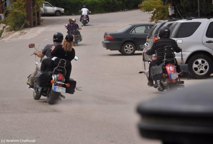 Poursuivant leur chemin! Photo (C) Ibrahim Chalhoub