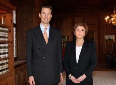 S.A. le prince Alois et S.E. Carole Lanteri. Photo (c) DRE