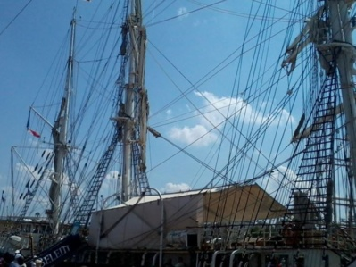Le Belem fût une des vedettes de l'Armada. Photo (c) AAS