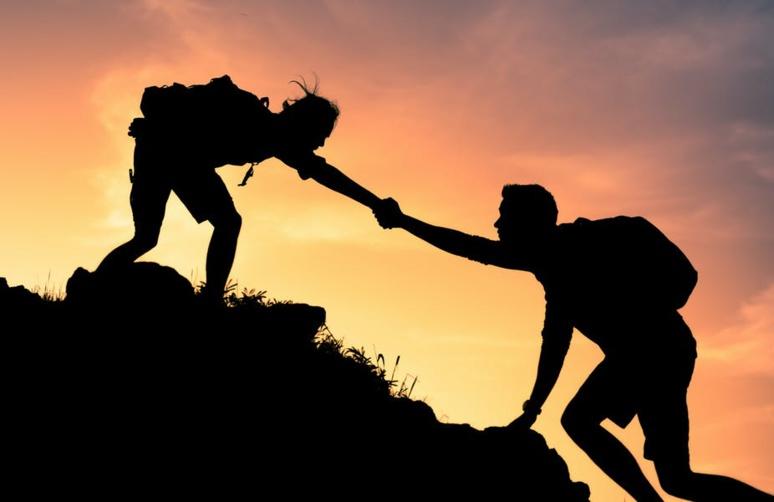 Si l'obstacle, comme l'échec, force à un temps d'arrêt, il ne stoppe pas définitivement une trajectoire. Shutterstock
