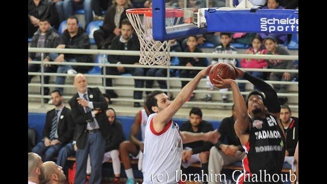 Tous dans l'air! Photo (C) Ibrahim Chalhoub