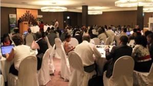 Une vue des participants au cours de la cérémonie d'ouverture. Photo: AT