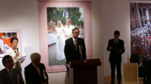 Discours de S.E. M . Patrick Medecin, Ambassadeur de Monaco au Japon lors de l'inauguration de l'exposition Mariage Princier à Tokyo. Photo (c) DR