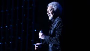 Tom Jones lors de son concert à Monaco. Photo (c) Monte-Carlo Société des Bains de Mer/ Philip Ducap.Cliquez ici pour accéder à la page de l'artiste
