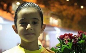 """Farès, le vendeur de fleurs à Hamra, Photo tirée de la page Facebook """"Hamra street"""". Cliquez ici pour accéder à la page Facebook"""