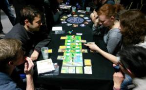 Xavier a co-créé Maswana, un jeu de plateau. Photo (c) Xavier Lardy