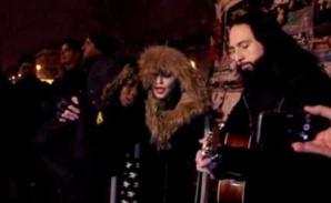 Madonna sur la place de la République à Paris. Photo libre de droits (c) DR